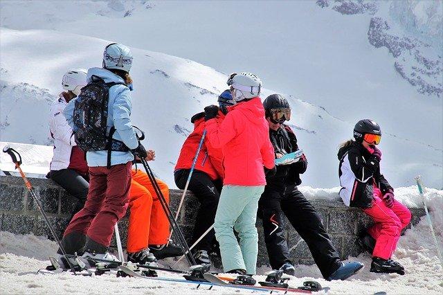 Séjour familial au ski réussi  les conseils utiles